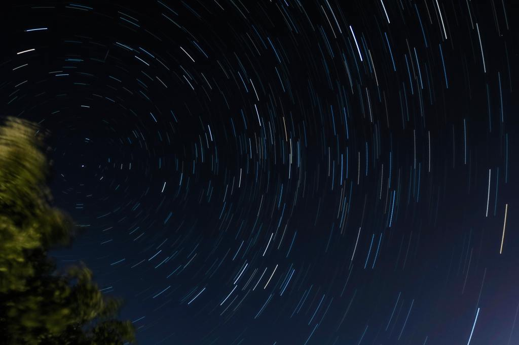 spinning stars blurred at night
